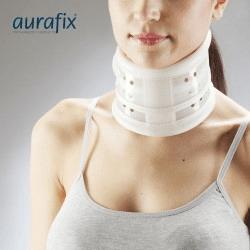 Collare ortopedico ed altri prodotti ortopedici per la parte superiore del corpo